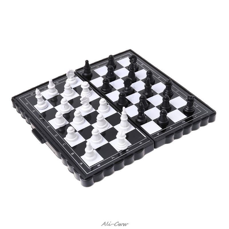 [해외]1 세트 미니 휴대용 체스 접는 자기 플라스틱 체스 판 보드 게임 아이 장난감/1 세트 미니 휴대용 체스 접는 자기 플라스틱 체스 판 보드 게임 아이 장난감